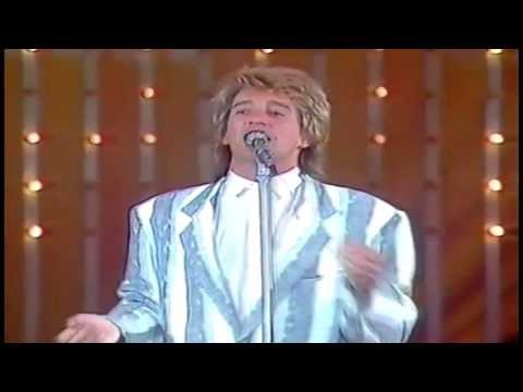 Rod Stewart - Infatuation (1984)  (Rare Video)