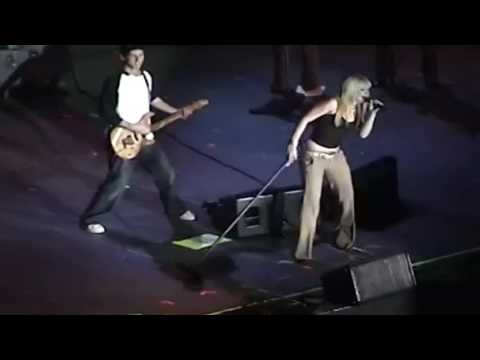 Hilary Duff - Full Concert - Jingle Ball Live 2003 - HD