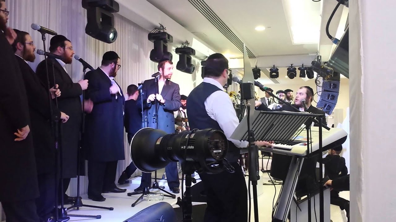 Levy Falkowitz and Shira Choir - Second Dance 2