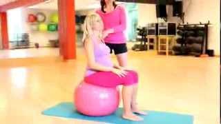 Mobilisation et étirement du dos pendant la grossesse.