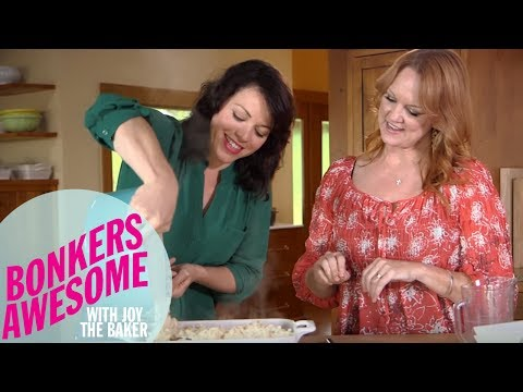 """The Pioneer Woman Makes """"Illegal"""" Mac and Cheese with Joy the Baker 