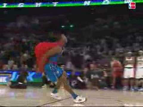 Dwight Howard takes flight on All-Star Saturday Night!