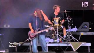 MUVIZA COM  Seether Feat  Amy Lee Broken Live In Rio HDTV mp4