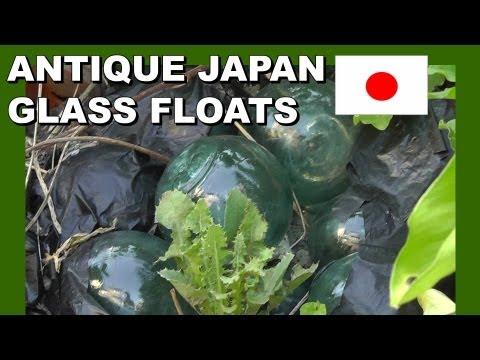 Antique Japanese Fishing Floats - Walking In Japan アンティーク日本漁船山車 - 日本でのウォーキング