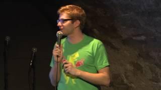 La compta c'était marrant, l'humour c'est sérieux | Thomas Wiesel | TEDxFribourg