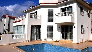 600.000 TL Kuşadası'nda Acil satılık Uygun Fiyata Özel Havuzlu deniz manzaralı Villa