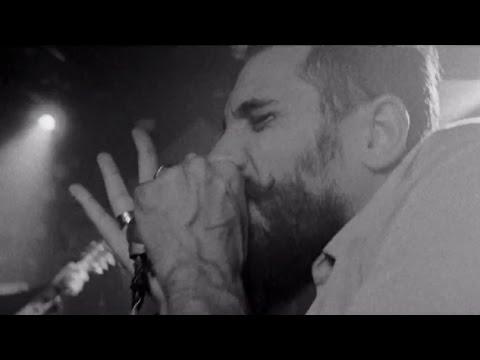 "Wanton Bishops - ""Shake"" [Live in the Red Bull Studio]"