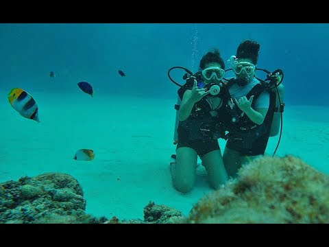 FUN UNDER WATER!! (FAMILY TIME)
