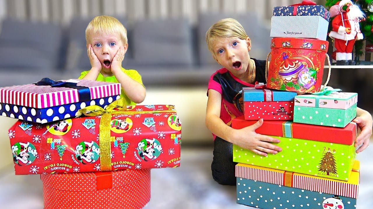 ГДЕ МОИ ПОДАРКИ? Что ПОДАРИЛИ Милана и Даня на НОВЫЙ ГОД? Скетч Челлендж от Family Box