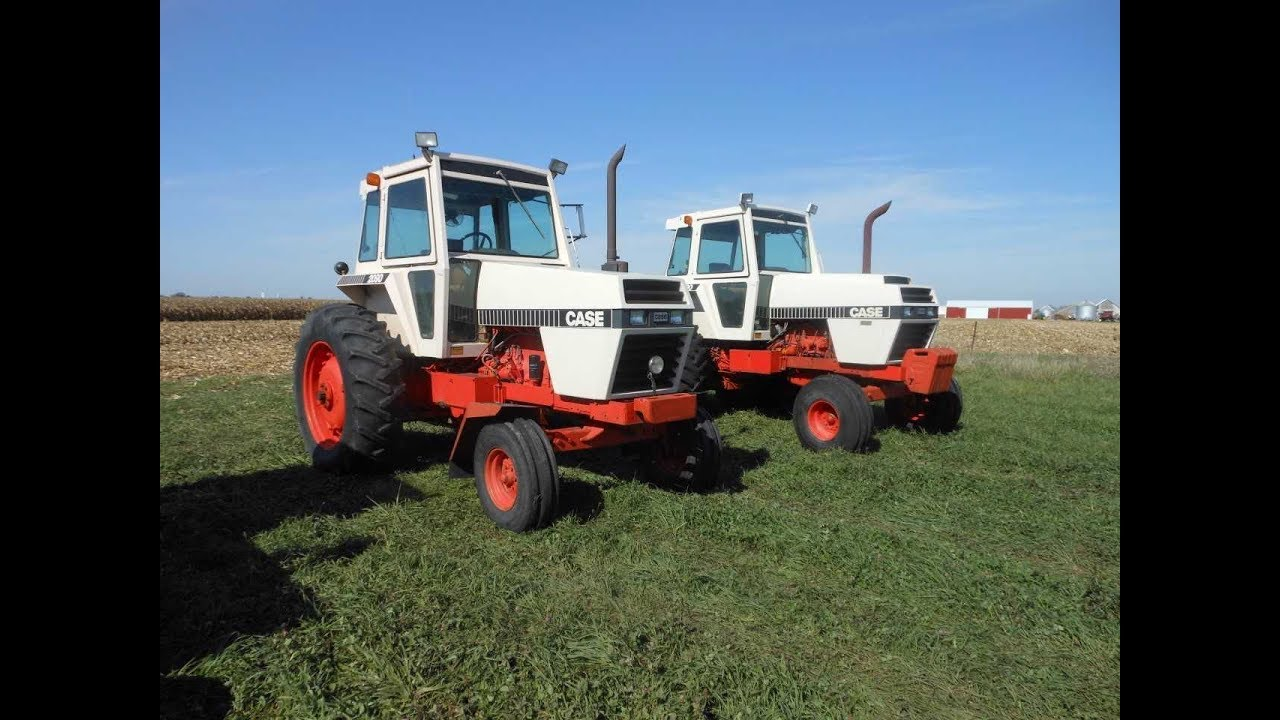 1982 Case Tractors : Model case and tractors with low hours sold