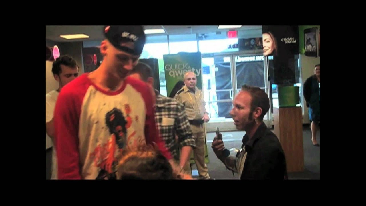 Machine Gun Kelly Meet And Greet With Cricket Wireless And Power