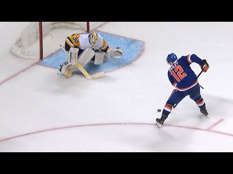 Bailey, Greiss push Islanders past Penguins in shootout