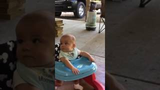 chris stapleton either way 4 month old baby hates