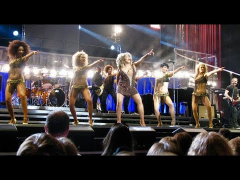 Tina Turner - Proud Mary - Live in Dublin (2009)