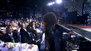 Kelly Rowland - When Love Takes Over - Live