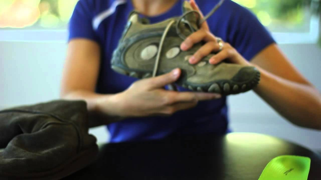 Best Boots for Overpronation - YouTube