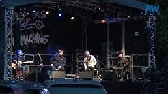 Ein ganz, ganz kleines bisschen wie Festival mit den Monsters of Liedermaching