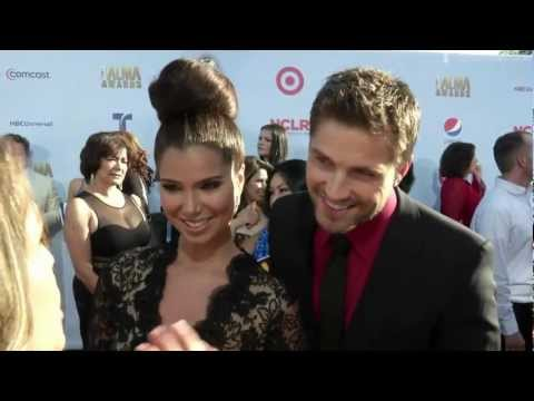 Roselyn Sanchez and husband Eric Winter on the Red Carpet | Alma Awards | Entretenimiento