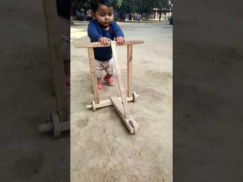 BABY TRING TO WALK [[Babies world]]