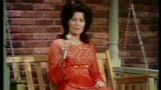 Loretta Lynn - It
