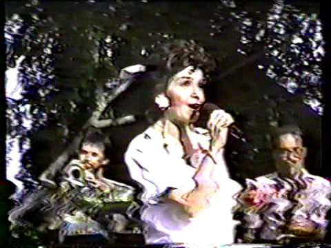 """Annette Funicello performs """"Pineapple Princess"""" Live Concert 1990"""