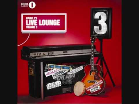 The Wombats - Moving to New York (live lounge).wmv