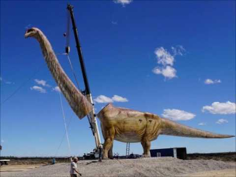 Patagotitan mayorum, The biggest dinosaur ever found in Patagonia , Argentina has finally been named