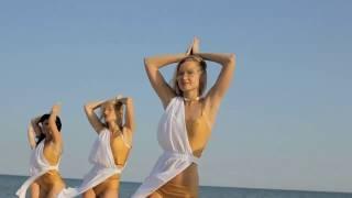 Завораживающее видео Strip Dance