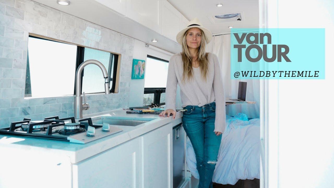 solo-female-van-life-tour