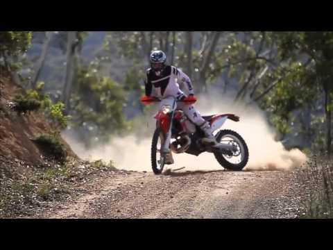los mejores saltos y acrobacias de moto cross
