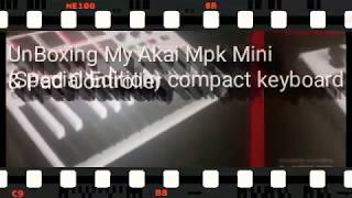 Unboxing My Akai Mpk (Special Edition)  compact keyboard & controller!