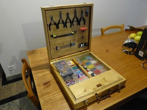 chute de bois part 2 valise bo te outils en bois. Black Bedroom Furniture Sets. Home Design Ideas