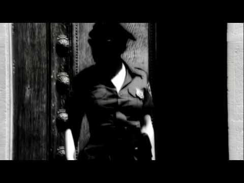 Video Rihanna russian roulette lyrics video