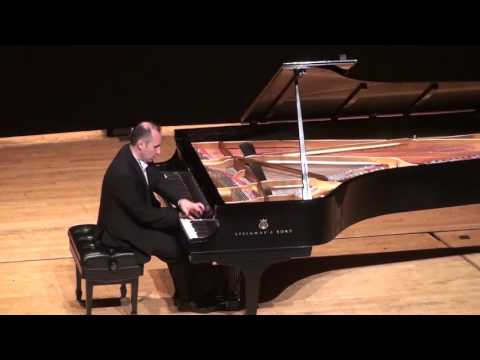 Simon Trpčeski - Liszt - Hungarian Rhapsody no.2