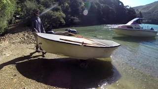 How to repair a badly damaged fibreglass boat
