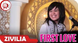 First love zivilia live event and performance 2014 at moi biografi : http://nagaswara.co.id/artis/biography/5/zivilia nstv tv musik indonesia indones...