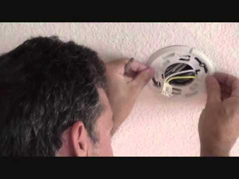 Ei141 Smoke Alarm >> Batterij rookmelder vervangen | Doovi