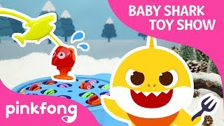The Shark Family's Dinner Party | Baby Shark Toy Show | Pinkfong Songs for Children