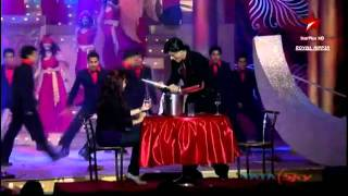 Gambar cover Shahrukh Khan Dance Performance On Dildaara (Stand By Me) !! Big Star Entertainment Awards (2011)