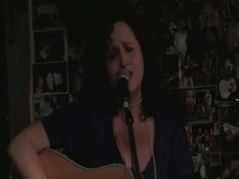 Laura Ranieri NSAI Toronto at the Moonshine