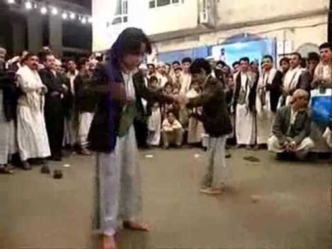 Funniest arab dance! 2