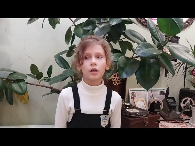 Изображение предпросмотра прочтения – ВалерияМаринина читает произведение «У лукоморья дуб зеленый.» А.С.Пушкина