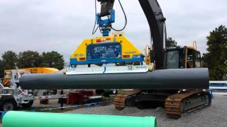 Video still for Vacuworx RC 10H in Action at ICUEE in Louisville, KY
