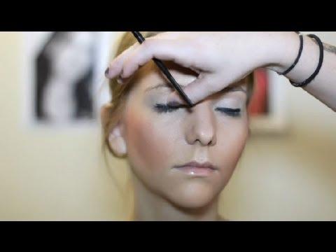 How to Do Chav Makeup : Makeup & Beauty Tips