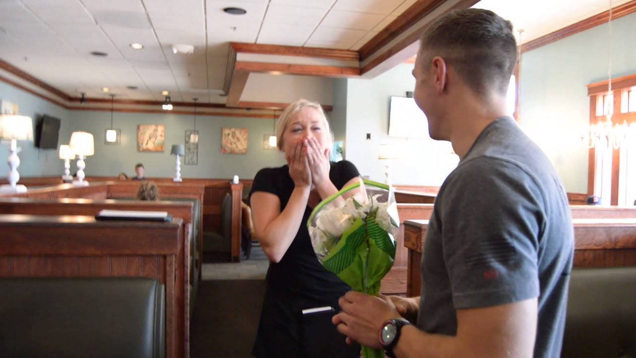 air force brother surprises sister at work - youtube