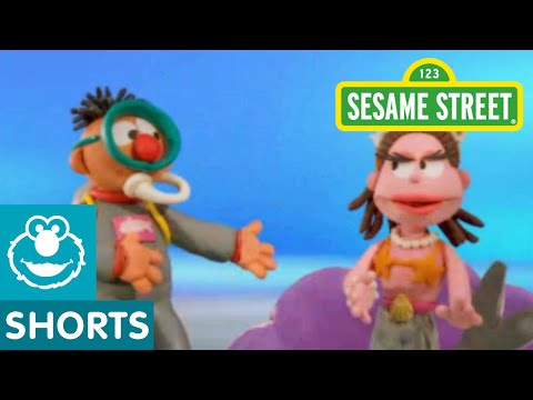 Sesame Street: Bert and Ernie Meet a Mermaid (Bert and Ernie's Great Adventure)