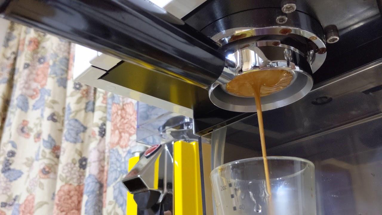 半自動義式咖啡 GEE 無底把手測試
