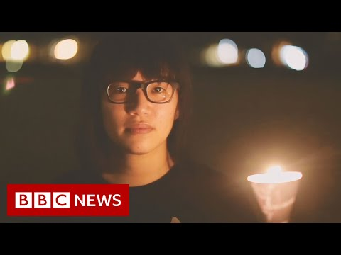 Hong Kong protesters light candles to mourn China's Tiananmen victims - BBC News