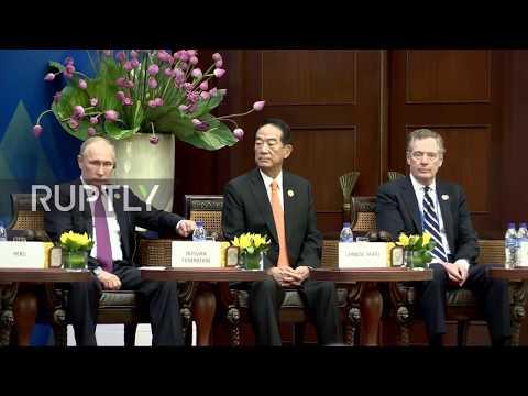 Vietnam: Putin attends