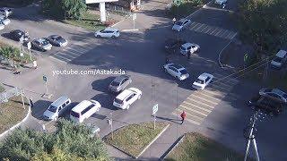 Astakada Уссурийск ДТП Toyota Prius 27 сентября 2018 перекресток ул. Комсомольская ул. Советская